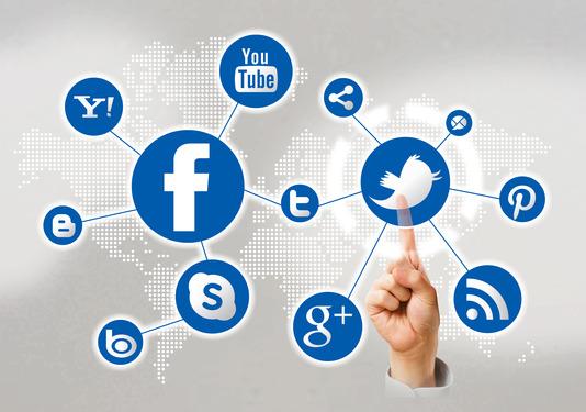 http://www.marketinginternetowy.pl/wp-content/uploads/2013/03/pojecie-social-media.jpg